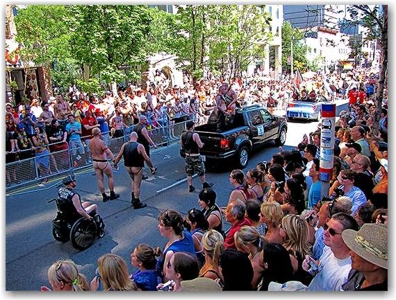 leathermen, pride parade 2010, yonge street, toronto, city, life