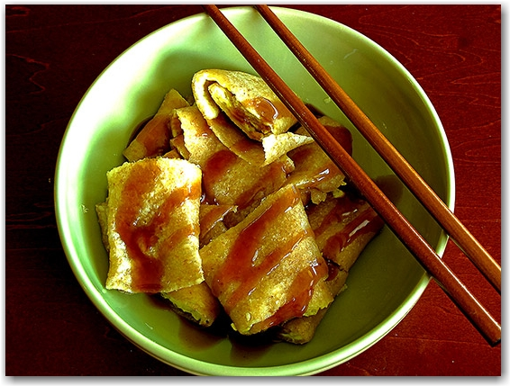 dan bing, taiwanese breakfast, chopsticks, asian, oriental, toronto, city, life