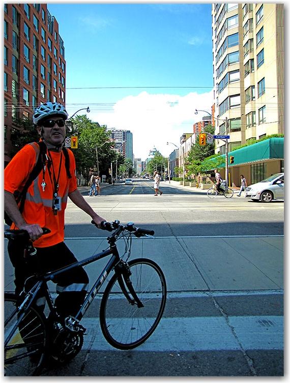 jarvis street, cyclists, bicyclists, bike lanes, toronto, city, life