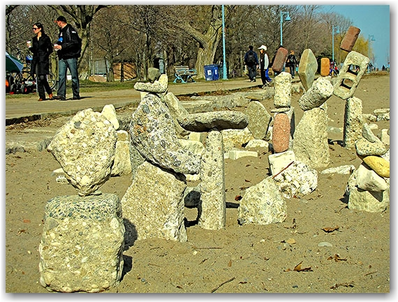 art, balanced stones, balmy beach, the beach, neighbourhood, neighborhood, district, queen street east, toronto, city, life