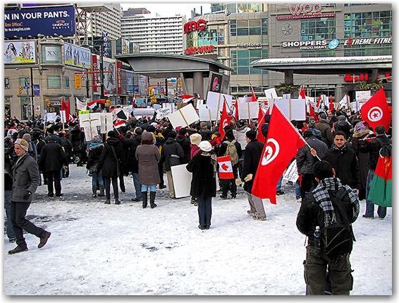 egypt protest, yds, yonge-dundas square, toronto, city, life