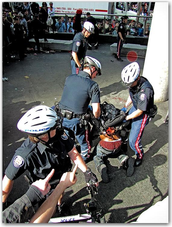 arrest, violence, gun, firearm, takedown, police, cops, 420, rally, demonstration, protest, pot, weed, cannabis, marijuana, yonge-dundas square, yds, toronto, city, life