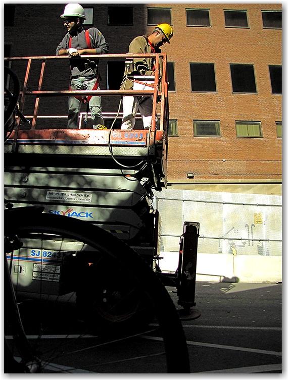 cherry picker, g20, security, perimeter, fencing, fence, lower simcoe street, toronto, city, life