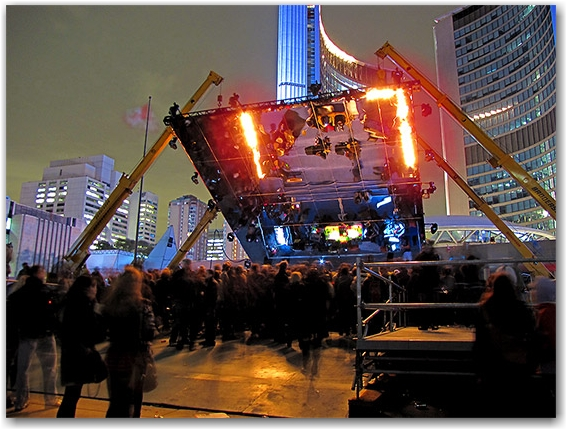 art, nuit blanche, performances, nathan phillips square, city hall, toronto, city, life
