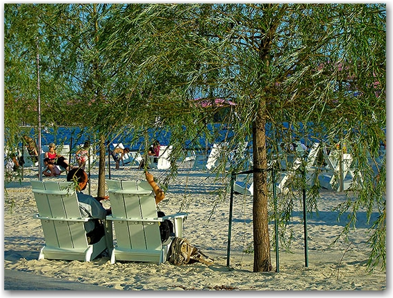 sugar beach, jarvis street, toronto, city, life