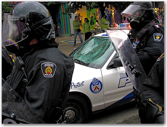 g20, riots, protests, queen street west, vandalism, police, car, cruiser, toronto, city, life