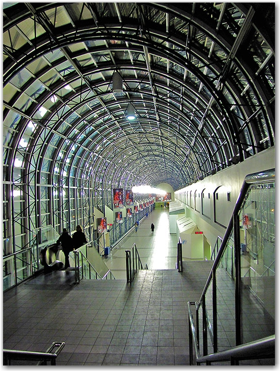 path, walkway, skywalk, underground, union station, cn tower, rogers centre, toronto, city, life