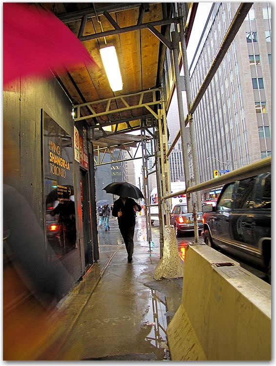 adelaide street, university avenue, intersection, construction awning, pedestrian covered pass, raining, fog, toronto, city, life