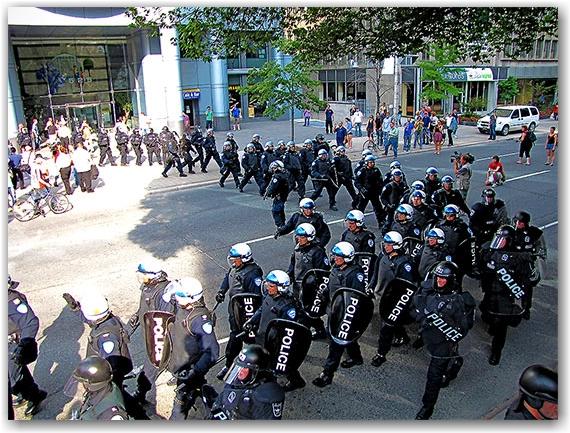 montreal riot police, university avenue, g20, protests, toronto, city, life