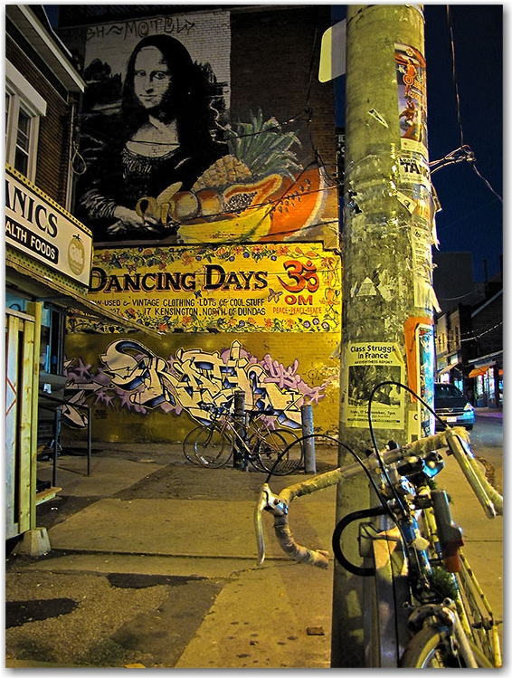 kensington market, mural, night, evening, toronto, city, life