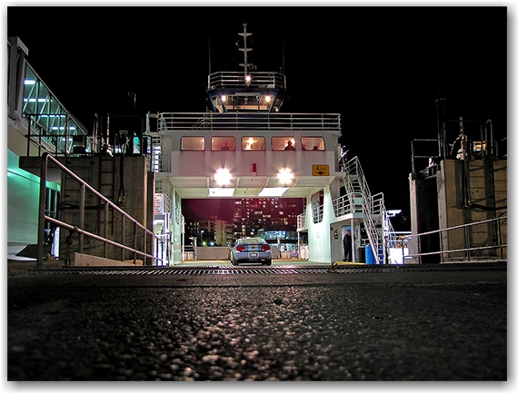 city centre airport, ferry, porter, airlines, night, evening, lake ontario, boat, transport, water, toronto, city, life