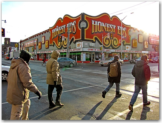 honest ed's store, bloor street west, bathurst street, mirvish village, retail, street corner, intersection, toronto, city, life