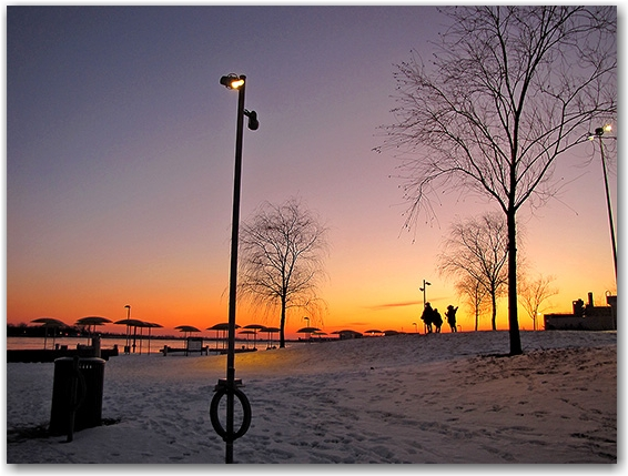 park, lakeshore, waterfront, lake ontario, sunset,  silhouettes , toronto, city, life
