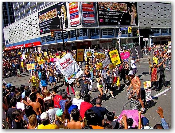 pride parade 2010, yonge street, toronto, city, life