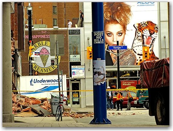 collapsed wall, yonge, gould, street, ryerson university, toronto, city, life