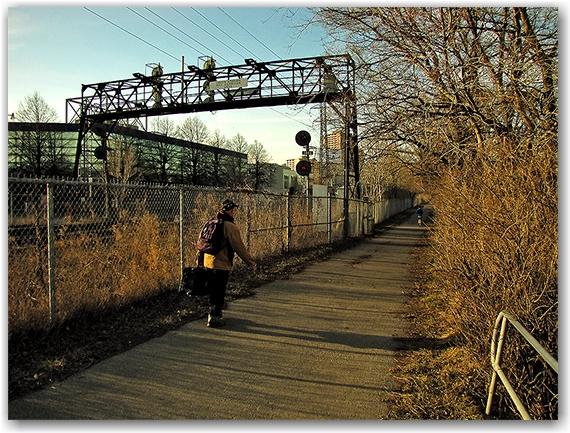 west don lands, parkway, train tracks, go transit, toronto, city, life