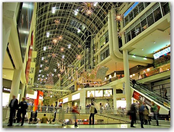 sleigh, reindeer, gifts, shoppers, eaton centre, christmas, decorations, seasonal, downtown, urban, business, toronto, city, life