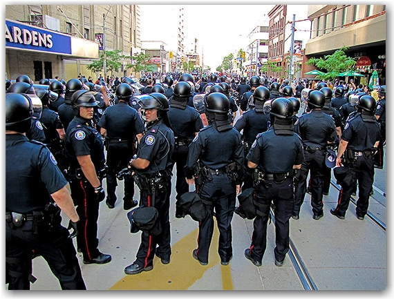 toronto police, riot cops, carlton street, toronto, city, life