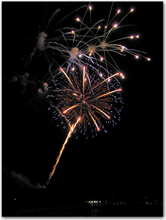 fireworks, victoria day, celebrations, ashbridge's bay, park, beach, lake ontario, toronto, city, life