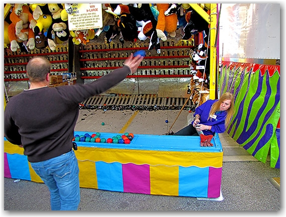 bottle breaking game, carnival, fair, cne, canadian national exhbition, toronto, city, life