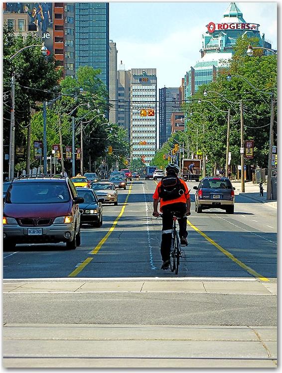 bike lane, center lane, jarvis street, toronto, city, life