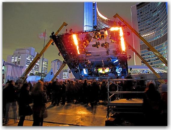 art, nuit blanche, performances, nathan phillips square, city hall, toronto, city, life