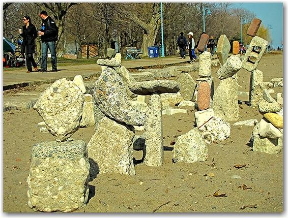 art, balanced stones, balmy beach, the beach, neighbourhood, neighborhood, district, queen street east, toronto, city, life