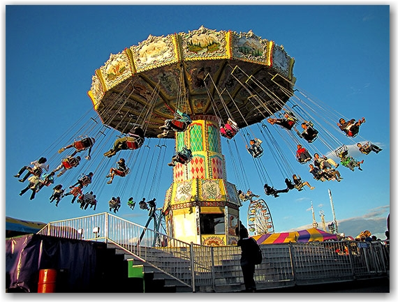 swings, rides, carnival, fair, cne, canadian national exhbition, toronto, city, life