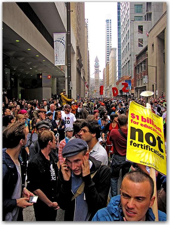 g20, protests, riots, bay street, crowd, toronto, city, life