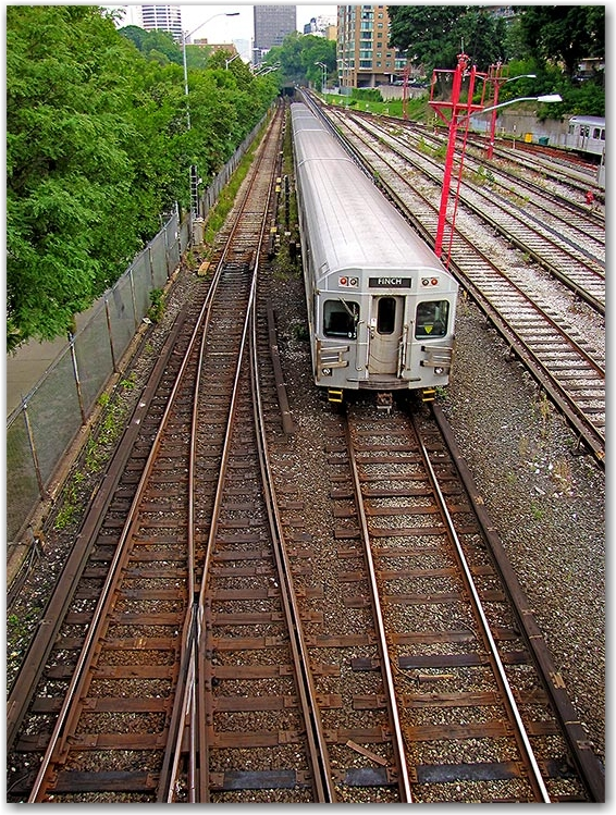 yonge subway line, underground,  ttc, toronto trasit commission, toronto, city, life