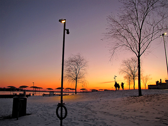 park, lakeshore, waterfront, lake ontario, sunset,  silhouettes , toronto, city, life