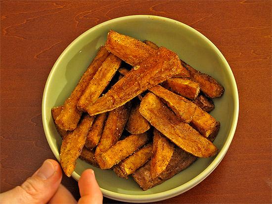 taiwanese yam fries, sweet potato, bowl, toronto, city, life