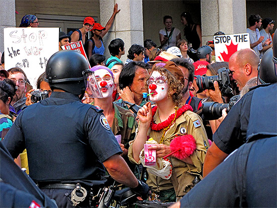 police, clowns, g20, protests, protesters, ocap, elm street, toronto, city, life