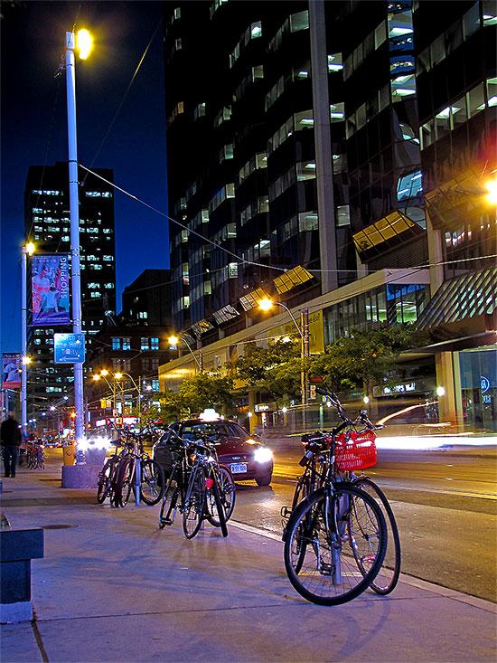 dundas street west, sunset, toronto, city, life