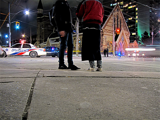 dundas and sherbourne, intersection, police, toronto, city, life